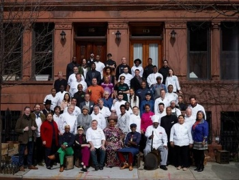 harlem-eatup-group-photo-untapped-cities-afinelyne-640x481